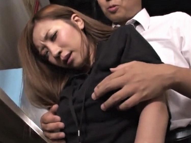 レイプ動画 井上英李 人妻